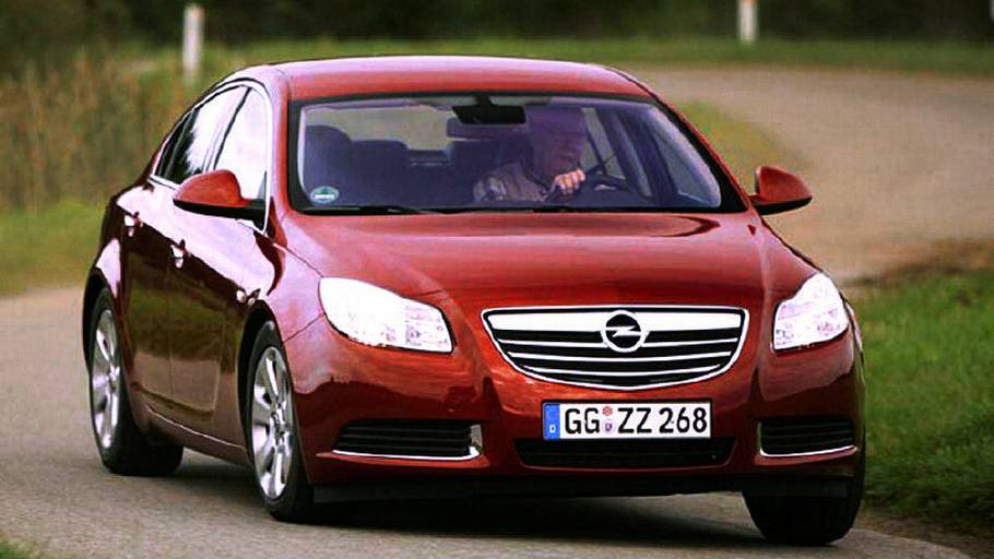 766a060f132d Opel Insignia indleder en ny æra for Opel med smægtende design og  inspirerende køreegenskaber. (