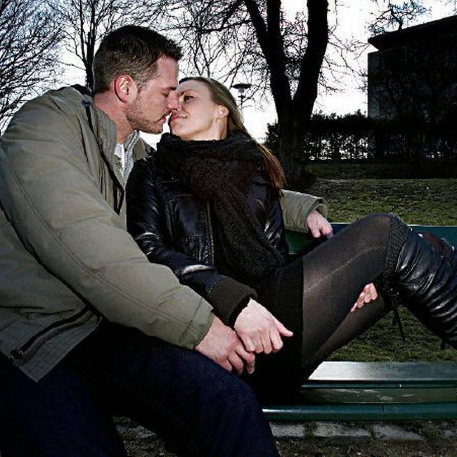 Hvad er forskellen mellem dating og at være sammen