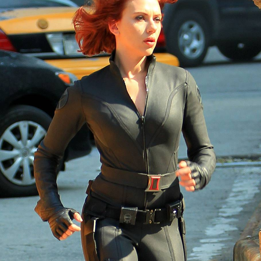 Scarlett Johansson ses her i sin populære rolle som 'The Black Widow' i filmen 'Avengers 2'.(Foto: All Over Press)
