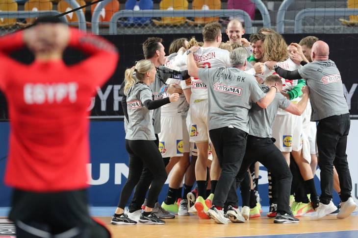 Sikke et drama, men Danmark er i semifinalen. Foto: Ritzau Scanpix